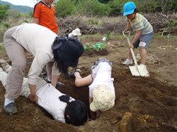 植樹用穴掘り